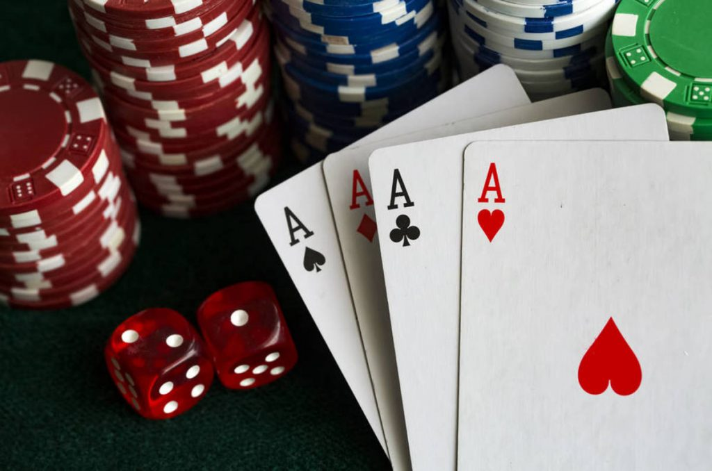 Earn money by playing games in your free time in the online casinos